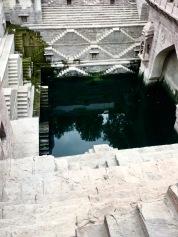 Escher-like water storage